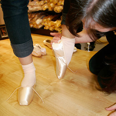 Pointe shoe fitting with a choice of brands from Bloch, Freed, Grishko and Merlet at Dancers Boutique.