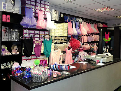 Ballet uniform, shoes and pointe shoes as well as a huge range dancewear across a huge variety of disciplines, we have everything you need at Dancers Boutique.